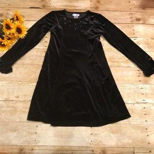Children's Place Girls Black velour Dress. Size 8
